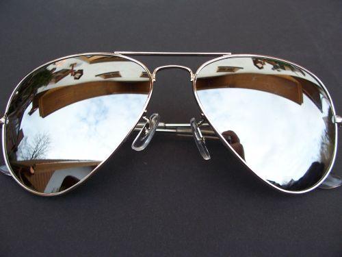 2e8d1ccc8 Štýlové zrkadlové slnečné okuliare Aviator - Strieborné Pilotky ...